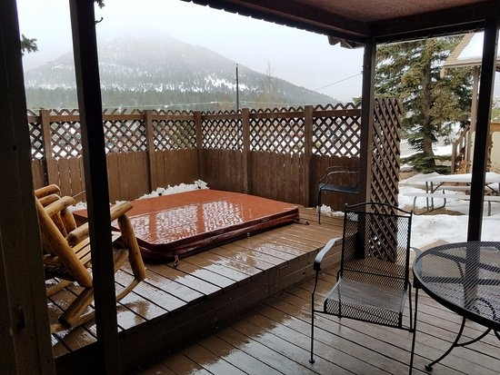 cabin9 private hot tub on deck picture of lazy r cottages estes Cabins In Estes Park With Hot Tubs
