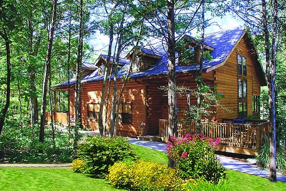 cabins at grand mountain thousand hills resort in branson hotel Thousand Hills Cabins Branson