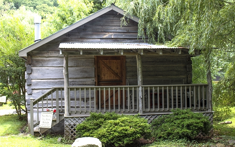 carolines country cabins visit nc smokies Country Cabins Maggie Valley