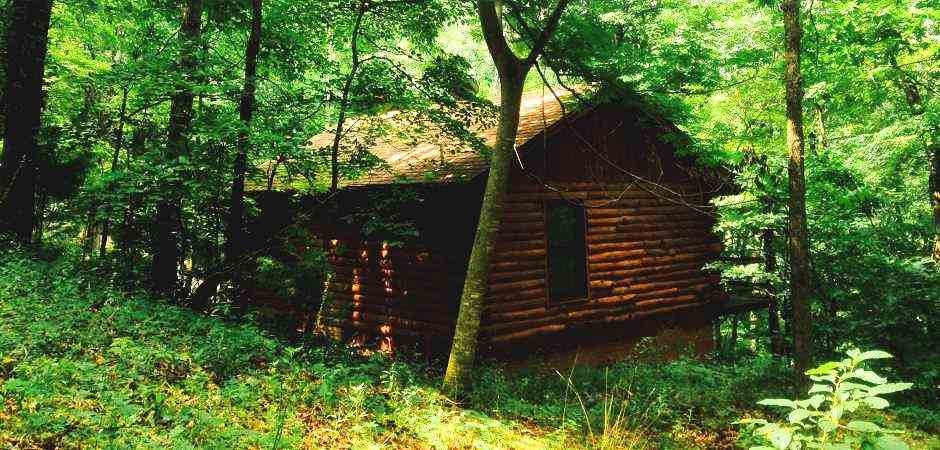 eureka springs cabin rentals in the arkansas ozarks with hot tubs Secluded Cabins In Arkansas