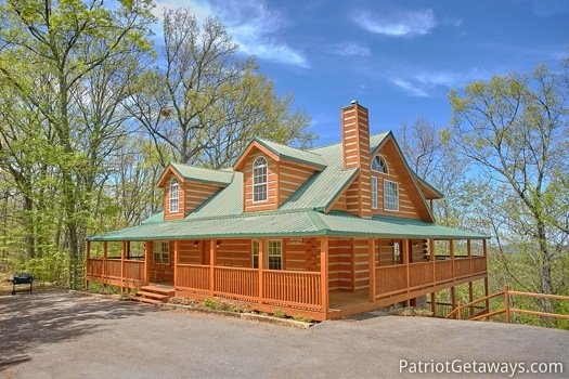on angels wings a gatlinburg cabin rental 5 Bedroom Cabins In Gatlinburg