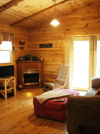 pet friendly cabin 6 person getaway with private bedrooms Lazy Lane Cabins Hocking Hills