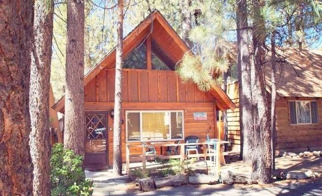 pet friendly cabin with fireplace deck vaycayhero big bear lake Big Bear Pet Friendly Cabins