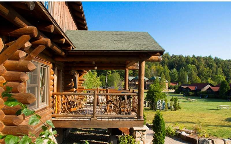 pet friendly lodging in the adirondacks hotels campgrounds more Lake George Pet Friendly Cabins