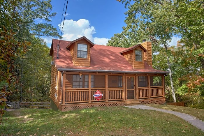 wolves den 3 bedroom cabin cabins usa gatlinburg 3 Bedroom Cabins In Gatlinburg Tn