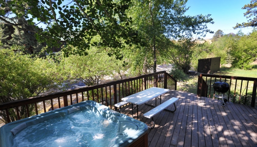 cabin rentals estes park brynwood on the river Estes Park Cabins With Hot Tubs