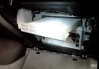 fast cabin air filter replacement 03 11 toyota prius youtube 2010 Prius Cabin Air Filter